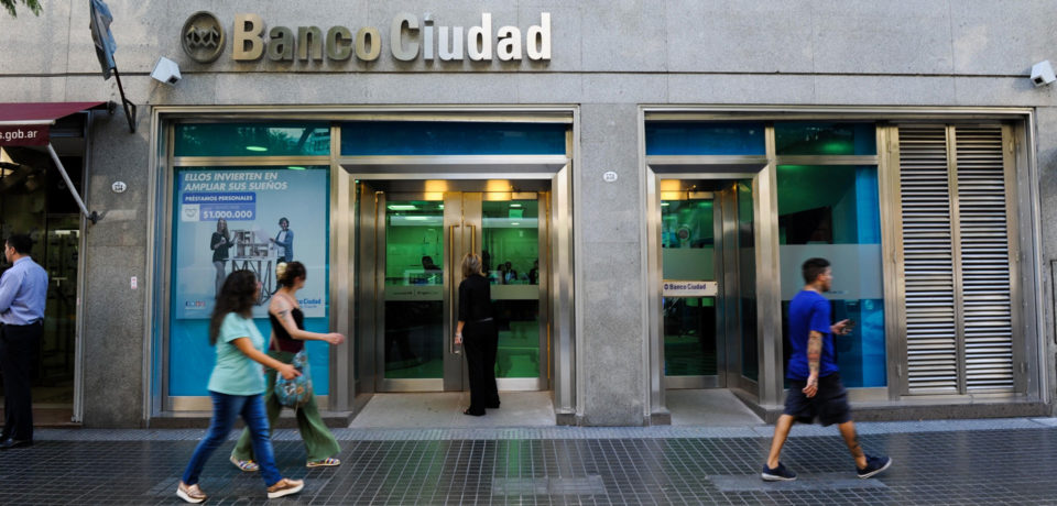 Banco Ciudad anunció la apertura de sucursales hoy y mañana